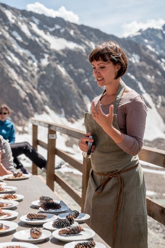 Die Schweizerin Rebecca Clopath setzt auf einfache und bodenständige Ernährung.  Bildnachweis: Ötztal Tourismus / Alexander Maria Lohmann (Abdruck honorarfrei)