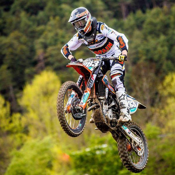 Gas geben, heißt es für Clemens Neurauter beim KTM Kini Alpencup. Bildnachweis: Digitalex Photography (Abdruck honorarfrei)
