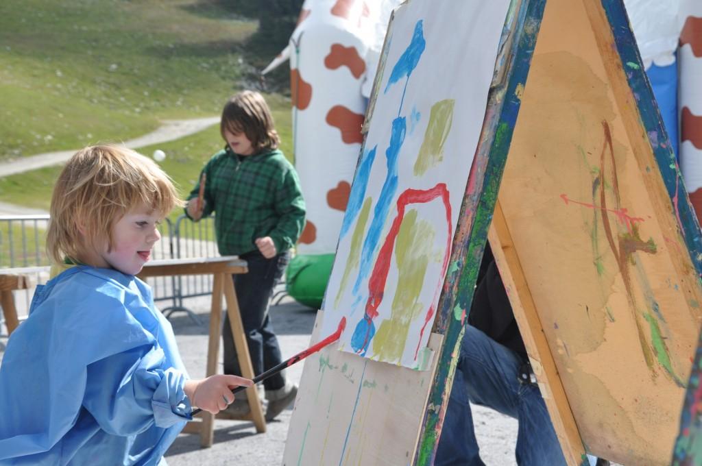 Für die Kinder wartet ein buntes Programm beim Oktoberfest in Hochoetz.  Bildnachweis: Bergbahnen Hochoetz  (Abdruck honorarfrei)