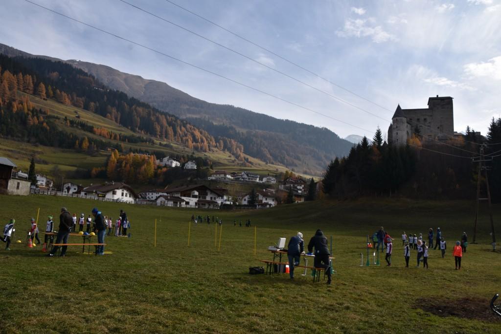 """Der Bezirkskonditionswettbewerb wurde auf der Skiwiese """"Gurdanatsch"""" in Nauders ausgetragen.  Foto: Karoline Slamanig-Ög"""