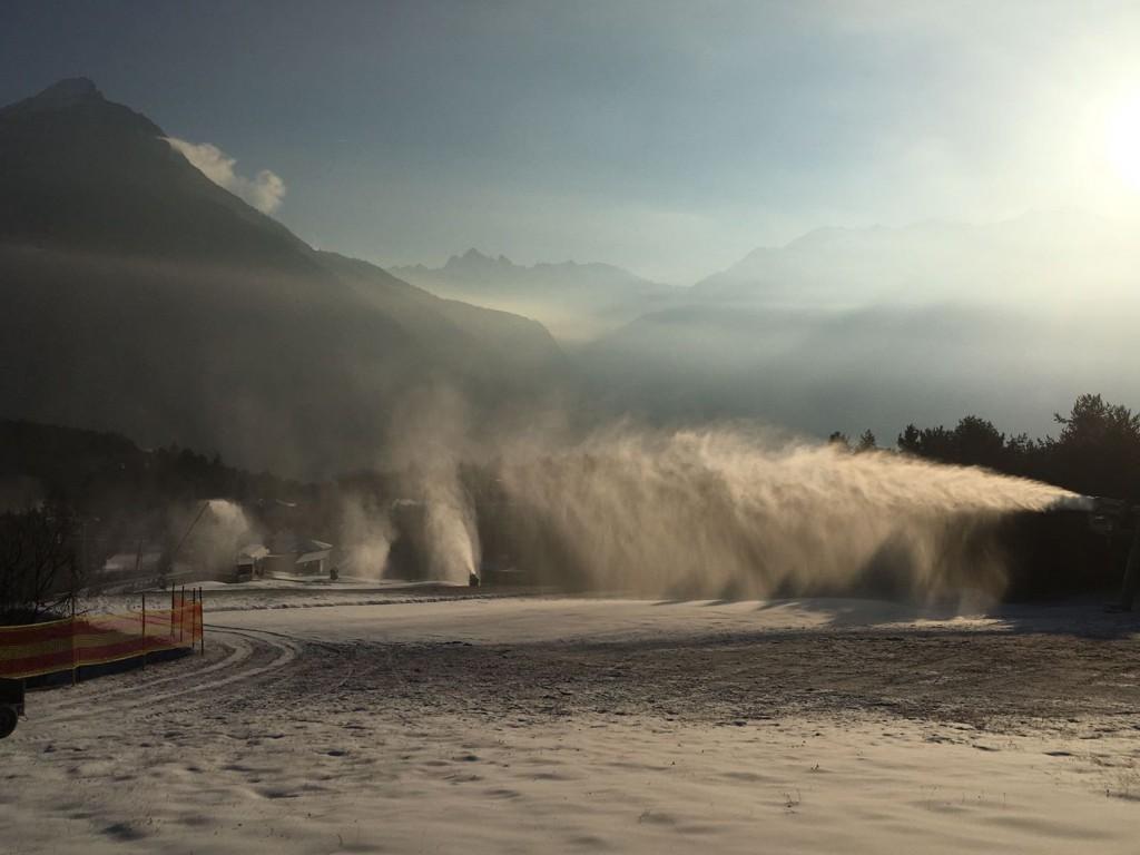 Die Modernisierung der Beschneiungsanlage der vergangenen Jahre gewährleistet eine leistungsstarke Schneeproduktion und reduziert die benötigte Zeit deutlich. FOTO: Imster Bergbahnen (Abdruck honorarfrei)