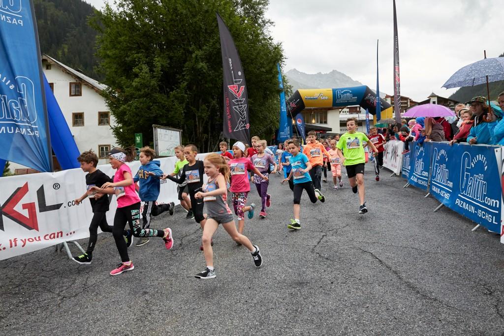 Am 13. Juli 2018 schnuppern in Galtür bereits Vierjährige beim Silvretta Kids Run erste Marathonluft. Copyright: TVB Paznaun - Ischgl