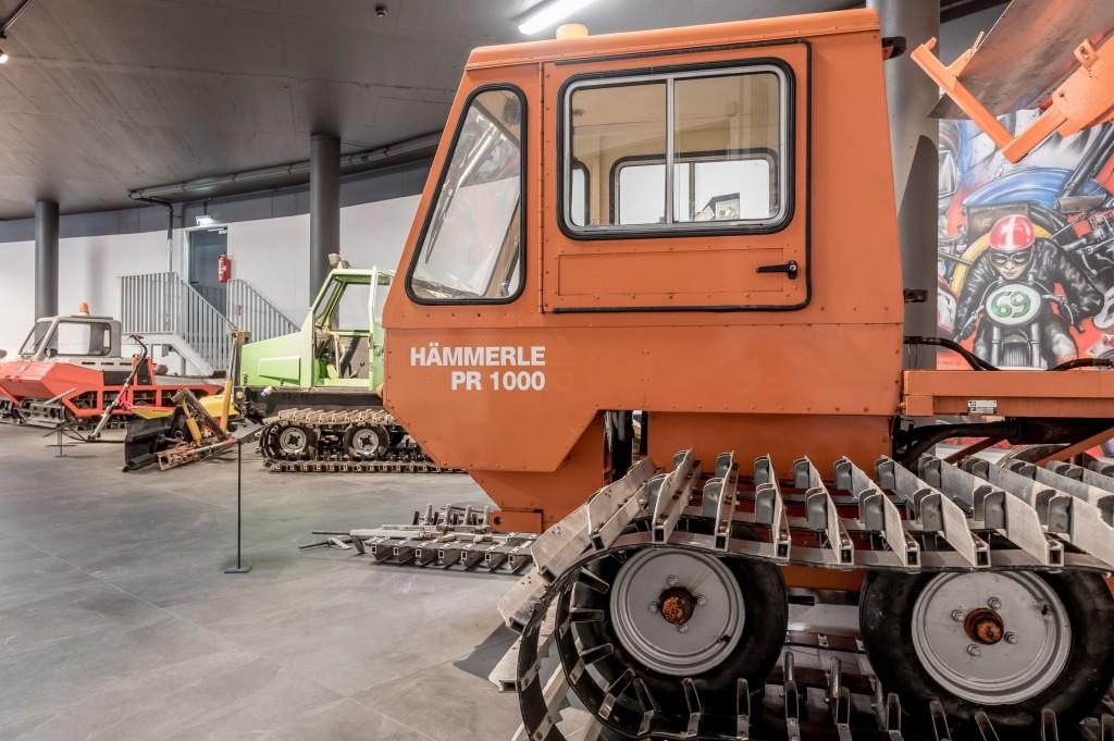 Die Firma Hämmerle aus Vorarlberg zählte einst zu den führenden Herstellern von Pistenmaschinen.  Bildnachweis: Top Mountain Motorcycle Museum / Lohmann