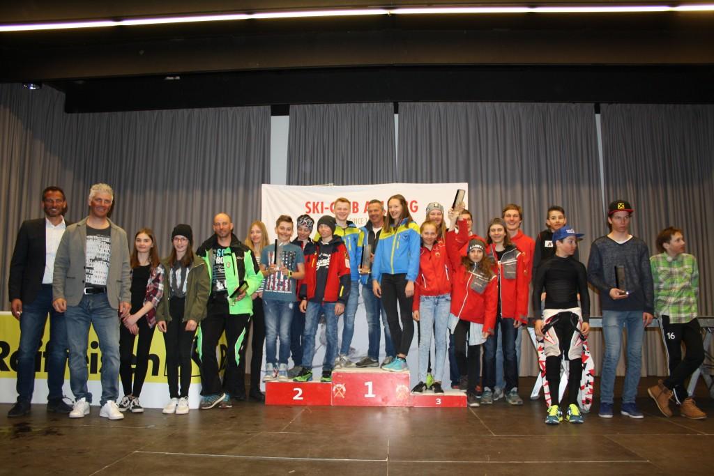 ….jene des Raiffeisen Schüler- und Jugendcups der SV Zams. Fotonachweis: TSV Bezirk Landeck/Elisabeth Zangerl